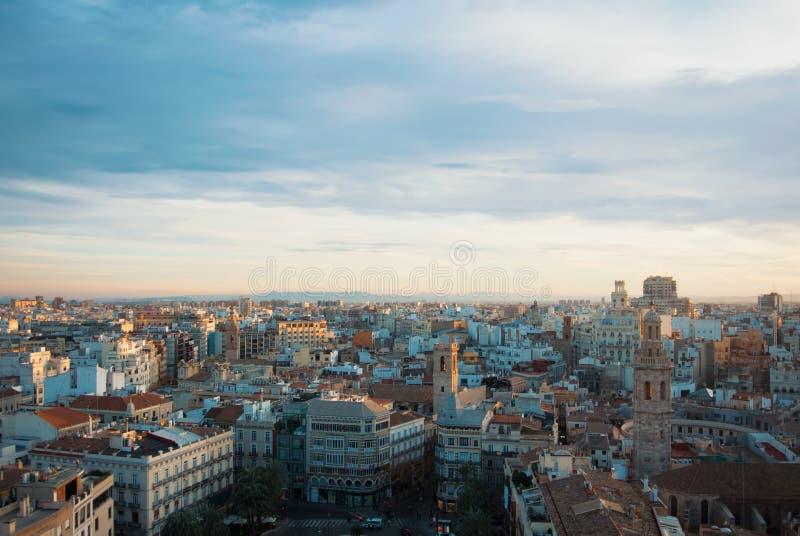 VALENCIA, SPANIEN - 31. JANUAR 2016: Abendpanoramablick von VA lizenzfreies stockbild