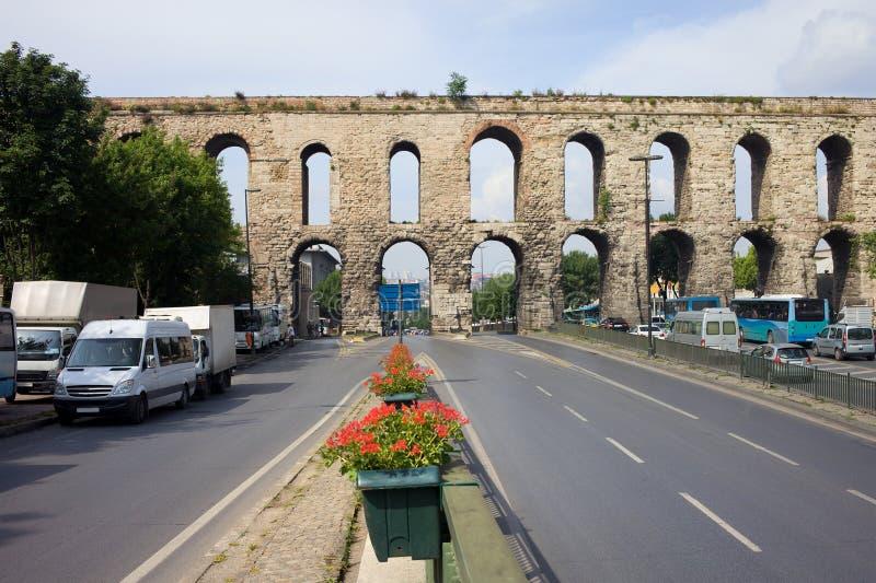 valens istanbul мост-водовода стоковые изображения rf