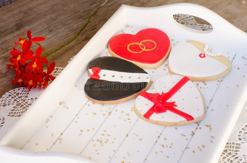 Valentin dag - bröllopkakor fotografering för bildbyråer
