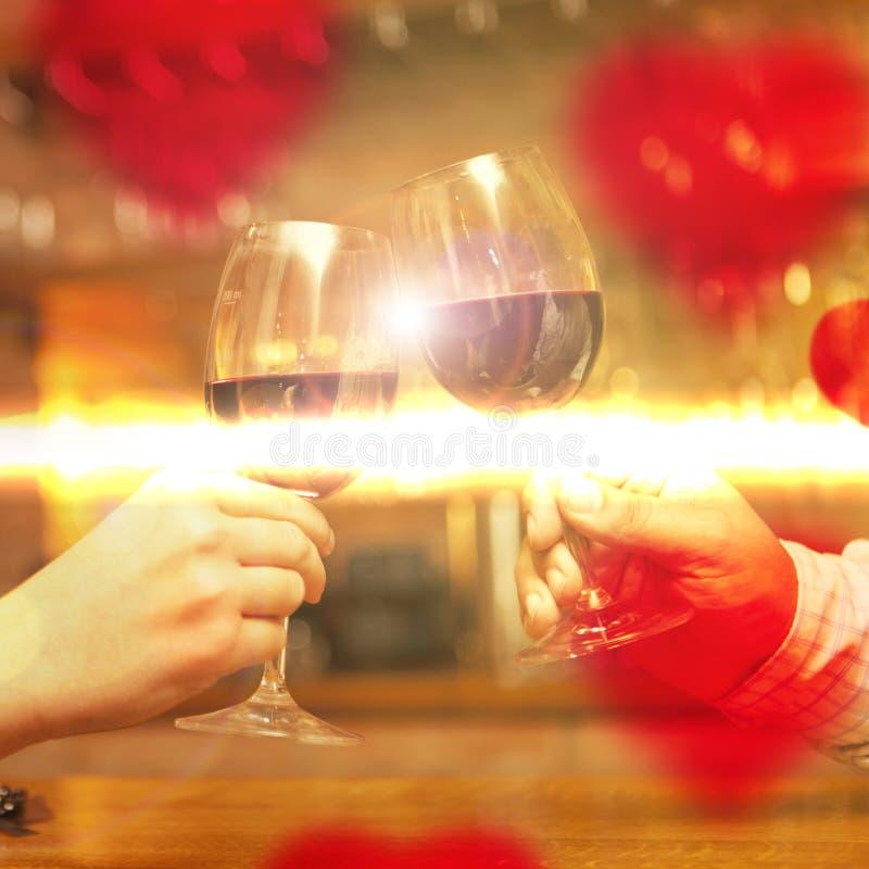 Valentin dagbegrepp med vin och exponeringsglas royaltyfri fotografi