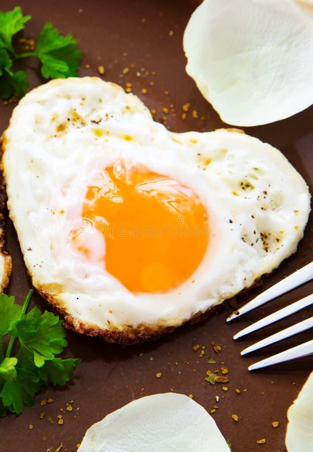 Valentin dagfrukost fotografering för bildbyråer