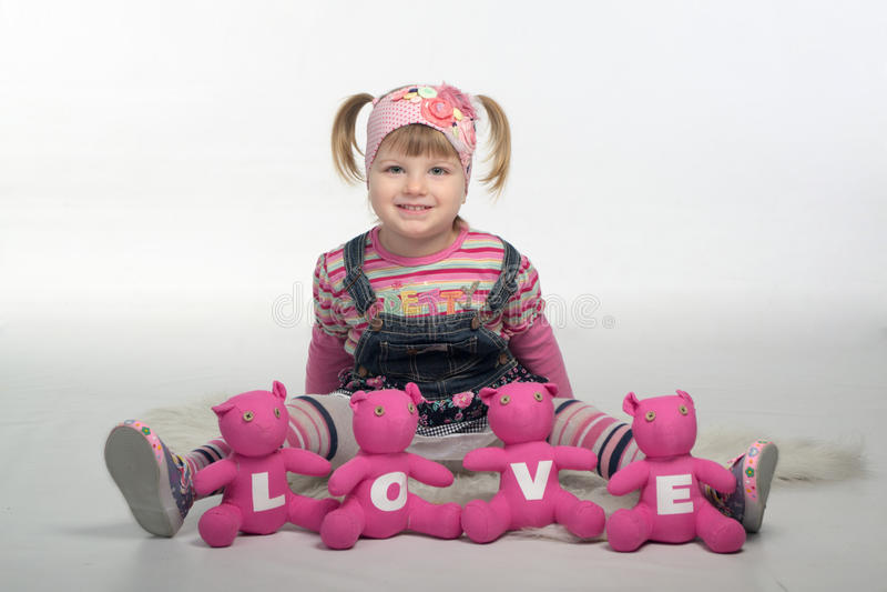 Valentin dziewczyna z miłość niedźwiedziami zdjęcia stock