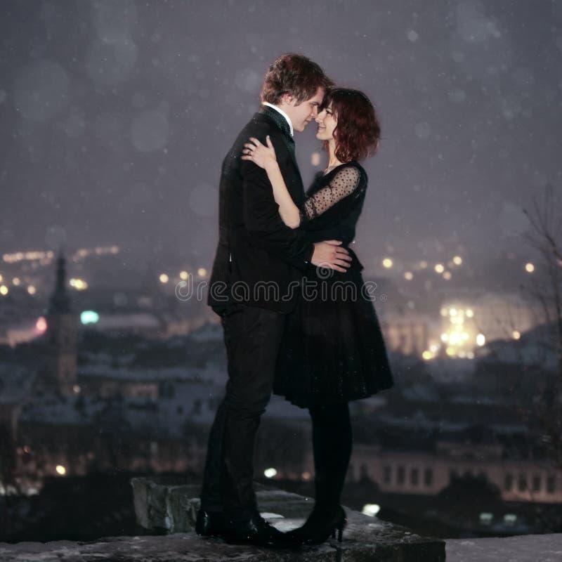 valentin för parförälskelsenatt s royaltyfri foto