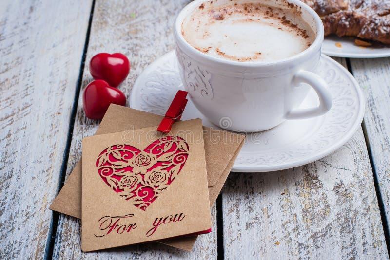 Valentin ferie för gåva för kort för dagbegrepp royaltyfri foto