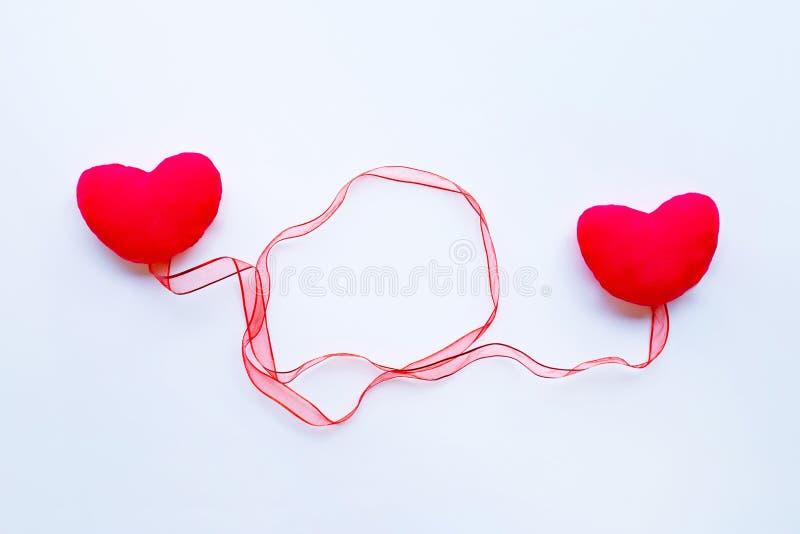 Valentin hjärtor på vit royaltyfri fotografi
