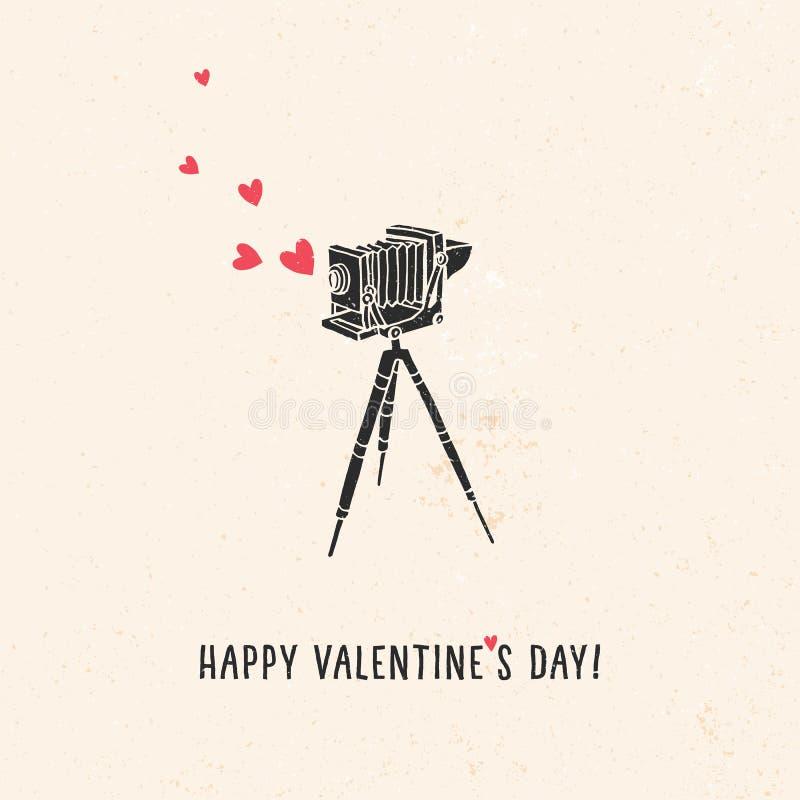 Valentin kort för daghälsning med den gamla tappningkameran, hjärtor stock illustrationer