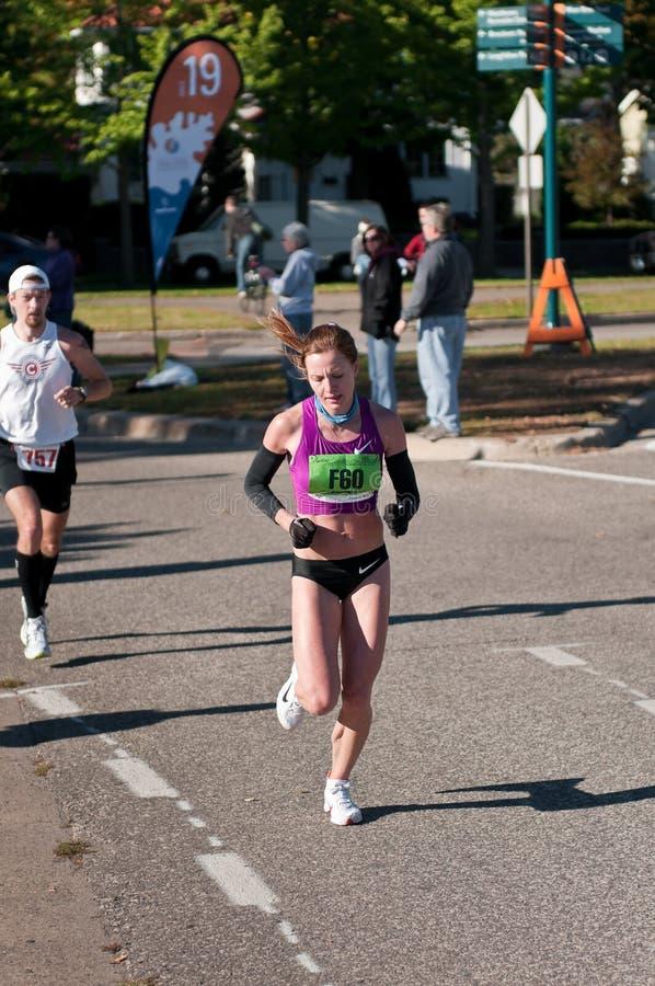 Valentina Climova - maratona de 2010 cidades gêmeas imagem de stock royalty free