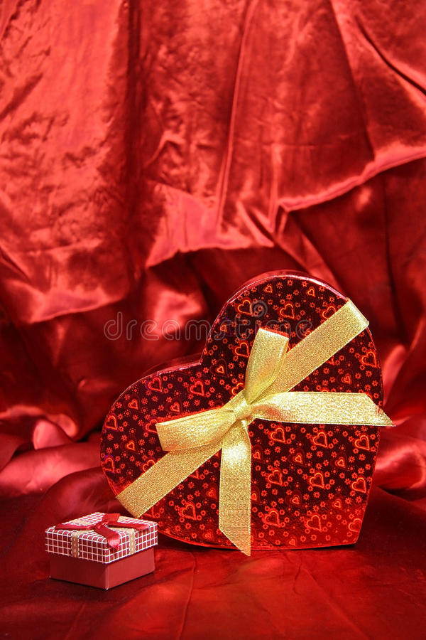 Valentine Heart Shape Gift Box royalty-vrije stock foto's