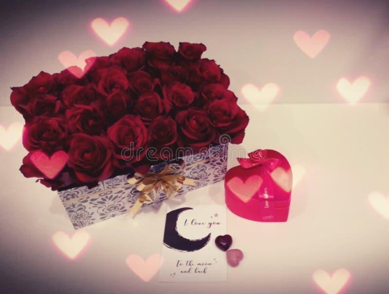 Valentine& x27; regalo del día de s fotografía de archivo