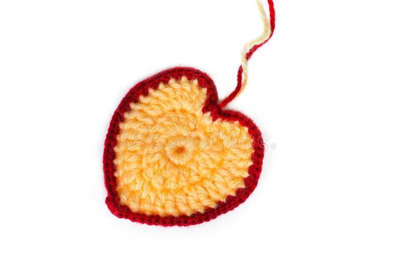 Valentine van multicolored draden wordt gehaakt die stock afbeelding