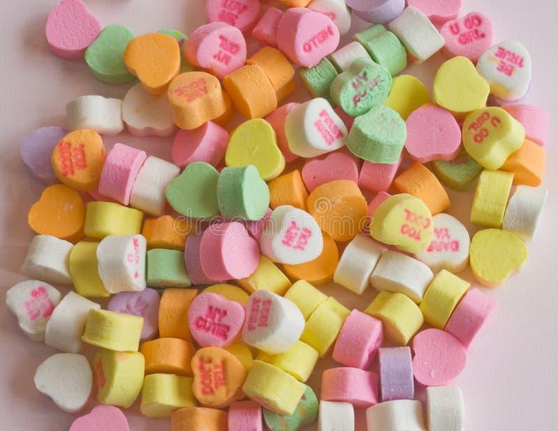 Valentinsgruß-Inner-Süßigkeiten stockbild