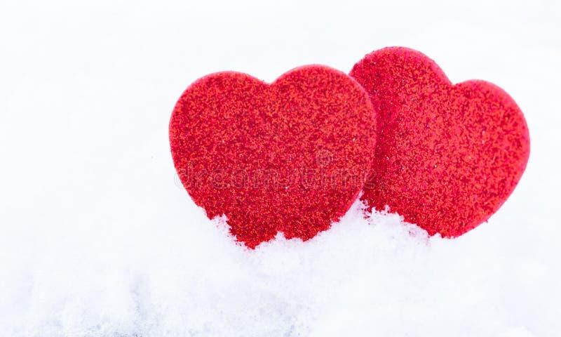 Valentinsgruß `s Tag Innere im Schnee lizenzfreies stockfoto