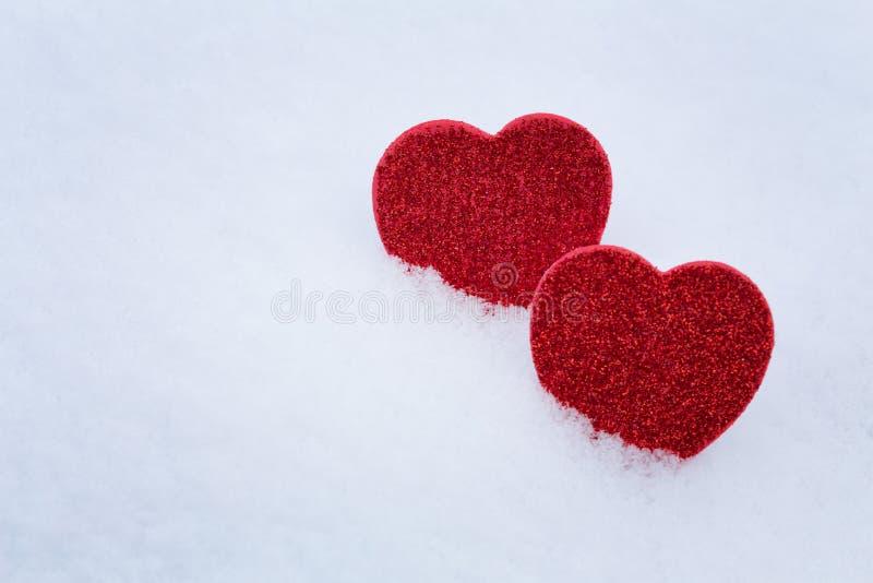 Valentinsgruß `s Tag Innere im Schnee stockbilder