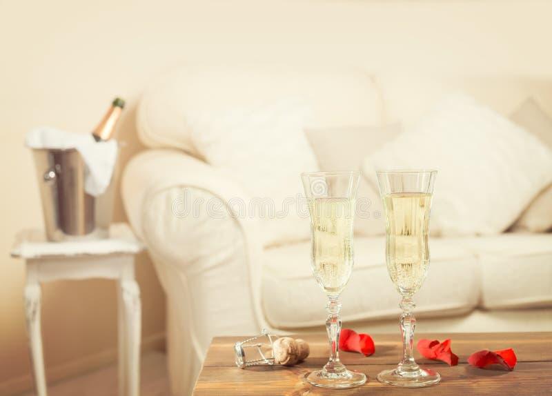 Valentinsgruß-Tag Champagne stockbild