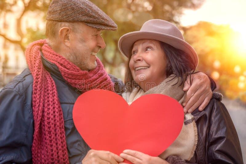 Valentinsgrußreise von Senioren lizenzfreies stockfoto