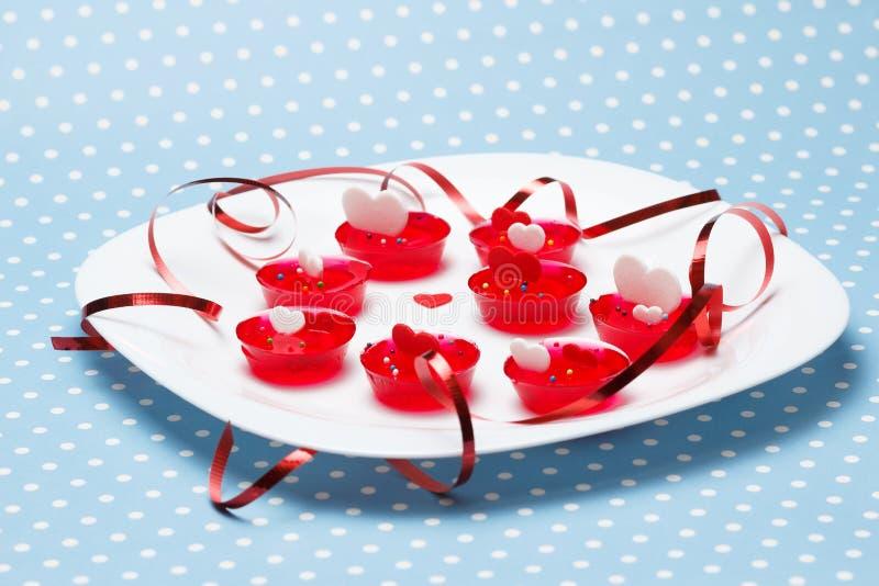 Valentinstagliebes-Gelatinewüsten stockbilder