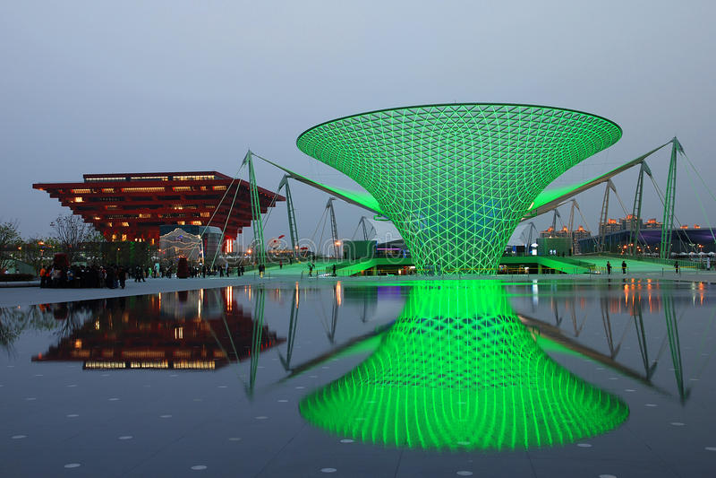 Vales verdes de Sun na expo 2010 de Shanghai foto de stock