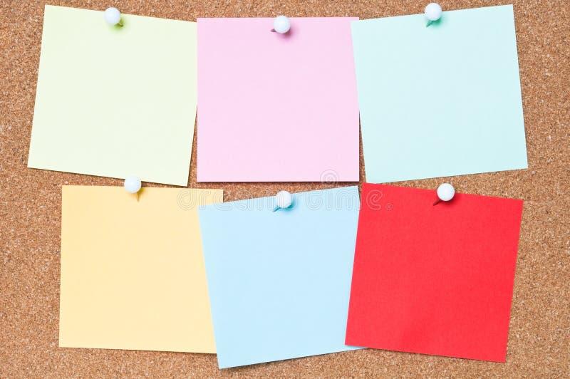 Färgglatt bindemedel noterar royaltyfri fotografi