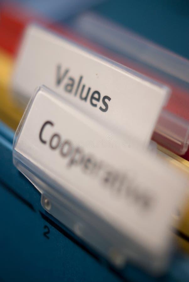 Valeurs et étiquettes coopératives images stock