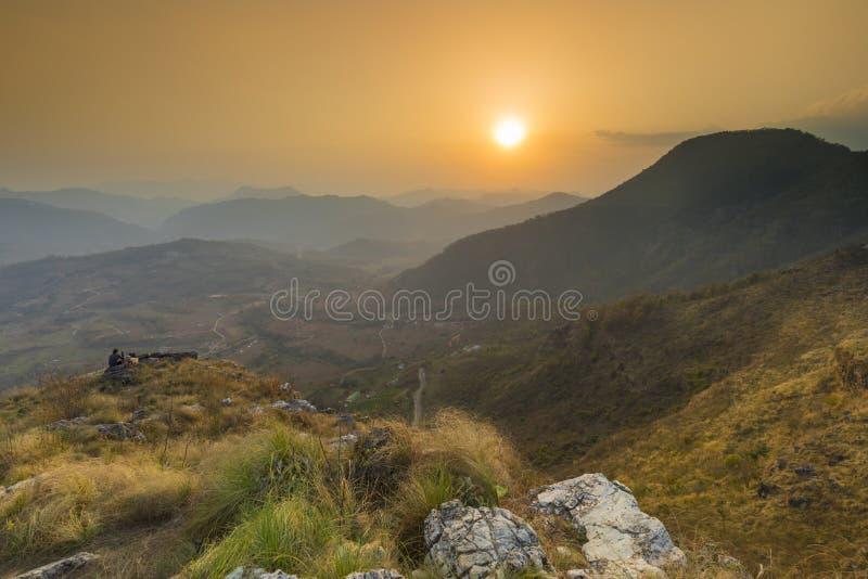 Valey hermoso de la opinión de la puesta del sol de Bandipur Nepal imagen de archivo