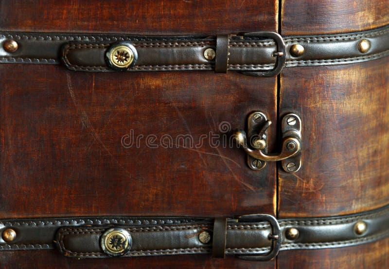 Valise en bois photographie stock libre de droits