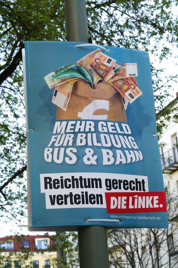 Valkampanjaffisch av matrisen Linke, tyskt politiskt parti royaltyfri foto