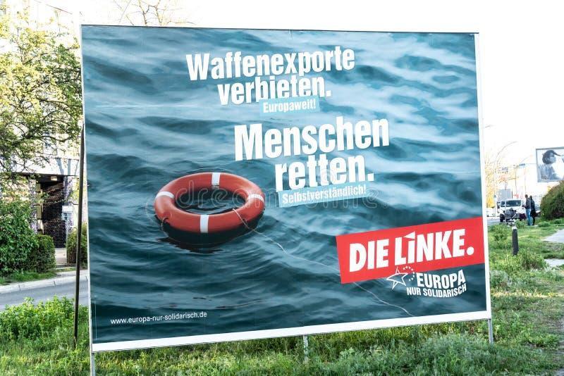 Valkampanjaffisch av matrisen Linke, tyskt politiskt parti arkivbilder