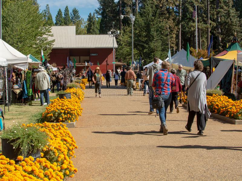 Vallée d'herbe, la Californie, Etats-Unis - 29 octobre 2018 : Festival celtique de KVMR, Nevada County Fairgrounds Fondé en 1996, images libres de droits