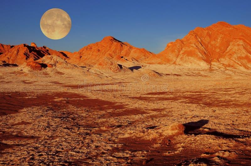 Vallée de lune dans le désert d'Atacama image libre de droits