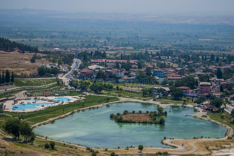 Vallée de Pamukkale et lac, Turquie photos libres de droits