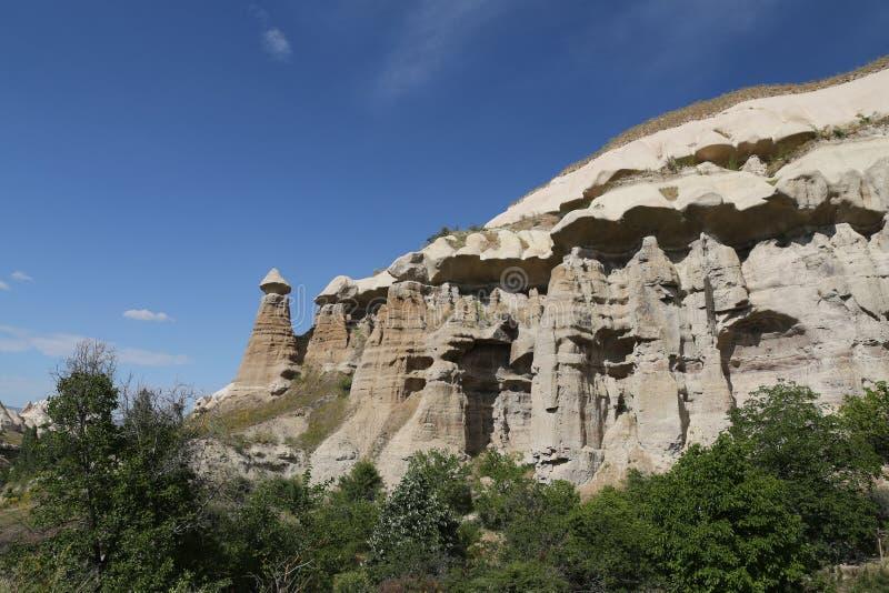 Vallée de pigeons dans Cappadocia image stock