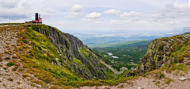 Vallée de Sniezne Kotly en montagnes de Karkonosze, Pologne images stock