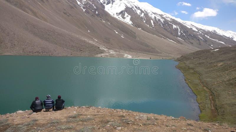 Vallée de Spiti - lac chadrataal photographie stock