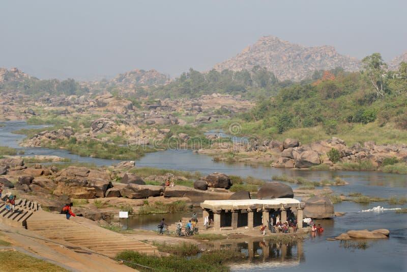 vallée de tungabhadra de fleuve de l'Inde de hampi photo libre de droits