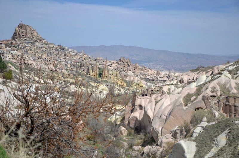 Vallée et Uchisar de pigeons dans la ville de Nevsehir, Cappadocia, Turquie image libre de droits