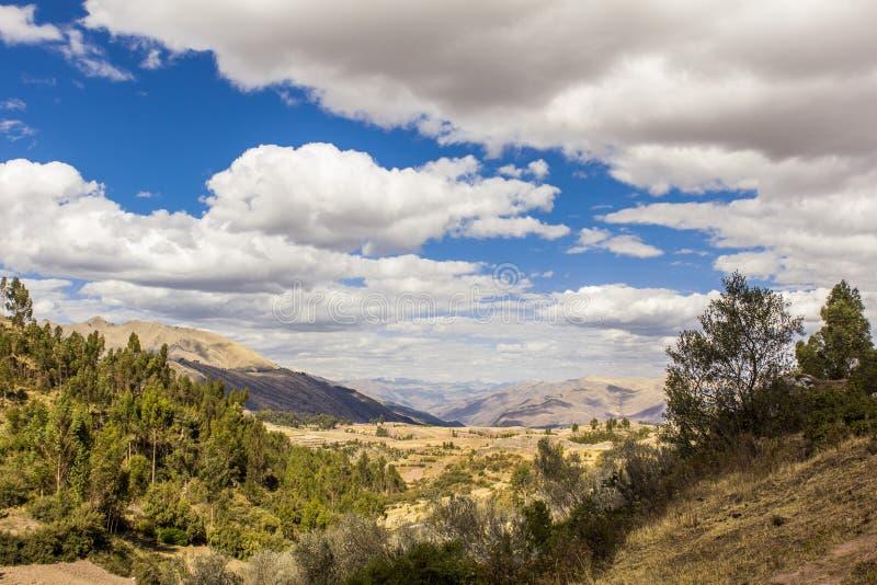 Vallée les Andes péruviens Cuzco Pérou photographie stock libre de droits
