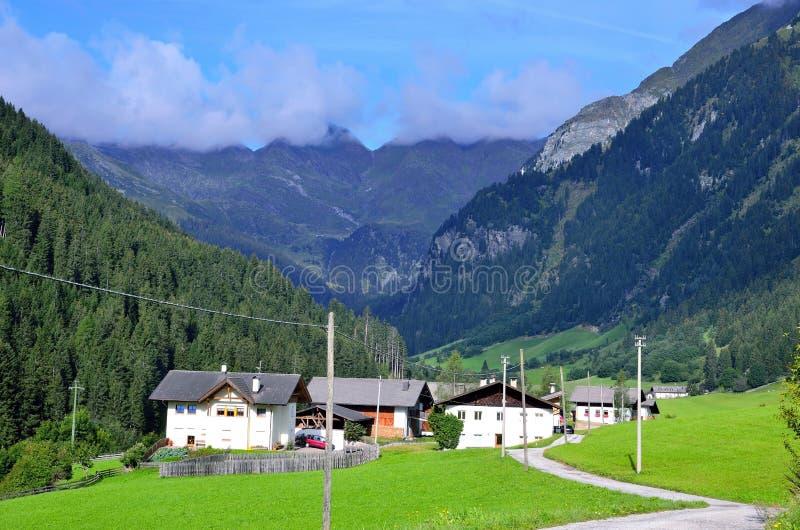 Vallée Tyrol du sud Italie de Racines photos libres de droits