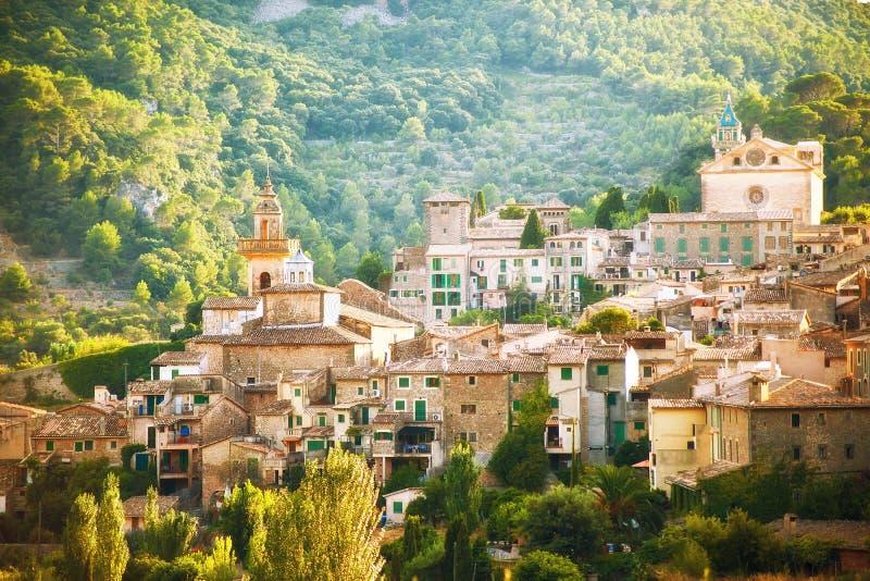 Valldemosa by i Mallorca arkivfoton