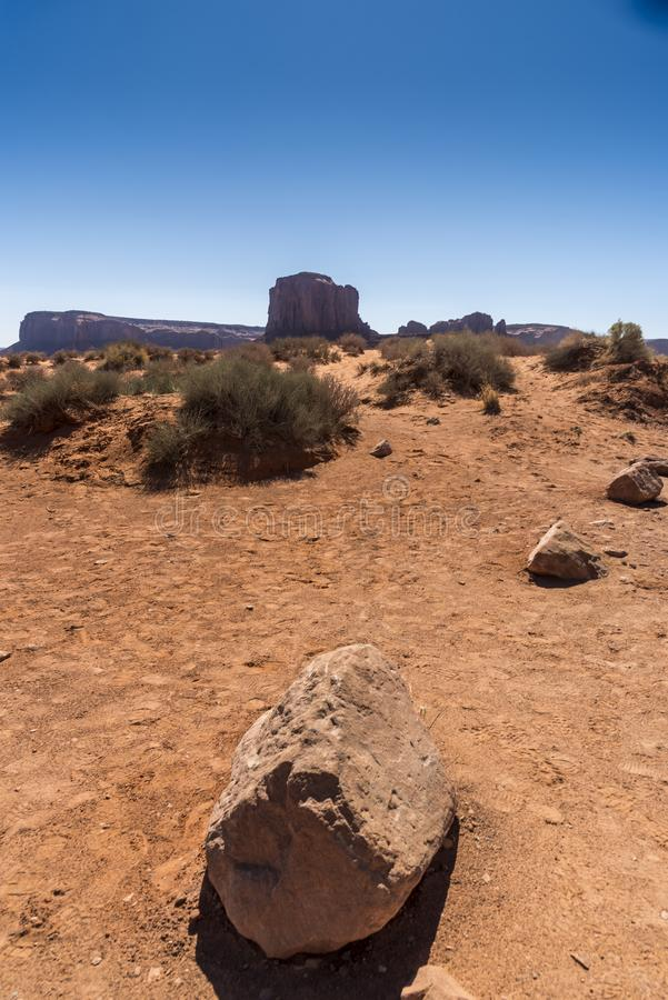 Valle Arizona del monumento delle rocce, del deserto e delle colline immagini stock libere da diritti