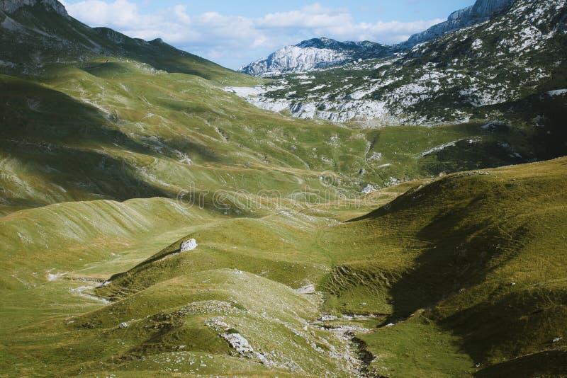 Valle de Durmitor imagenes de archivo