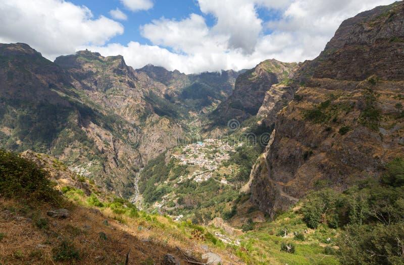 Valle de las monjas, Curral das Freiras en la isla de Madeira, foto de archivo libre de regalías