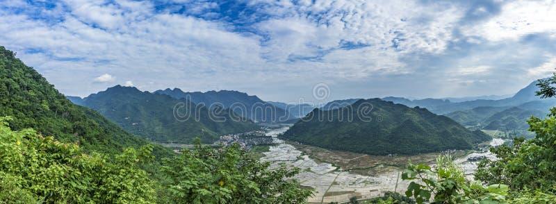 Valle de Mai Chau fotografía de archivo libre de regalías