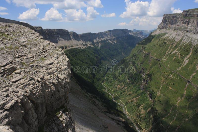 Valle de Ordesa в Арагоне Пиренеи стоковые изображения rf