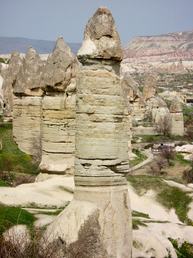 Valle del amor de Chimneysde la hada de Cappadocia foto de archivo