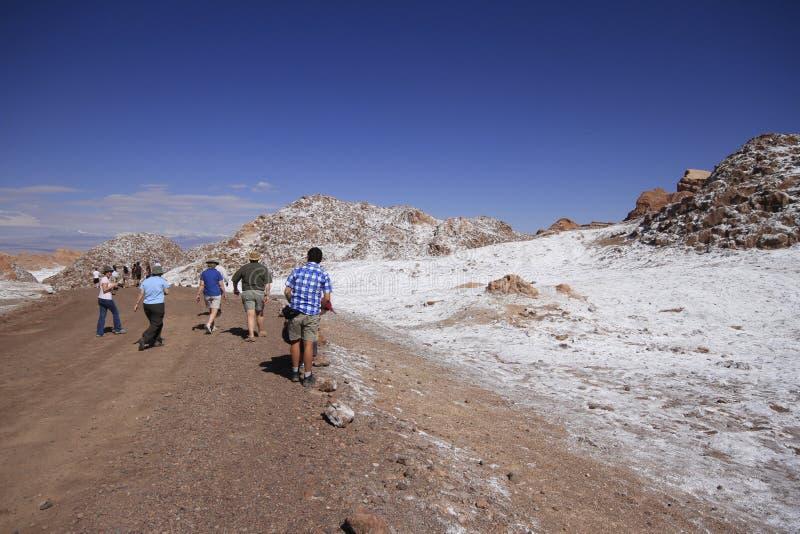Download Valle Del Luna - Dolina Księżyc W Atacama, Chile Fotografia Editorial - Obraz złożonej z diuna, księżyc: 57671897