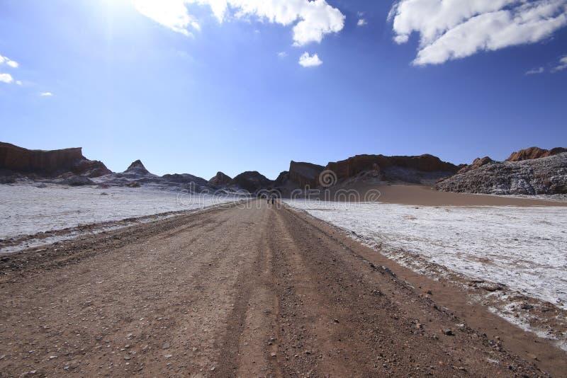 Download Valle Del Luna - Dolina Księżyc W Atacama, Chile Zdjęcie Stock - Obraz złożonej z opustoszały, chile: 57672174