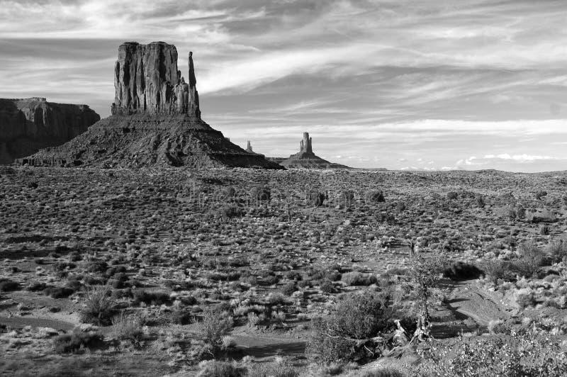Valle del monumento blanco y negro fotografía de archivo libre de regalías