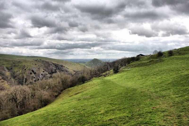 Valle di Dovedale nel parco nazionale di punta del distretto fotografie stock
