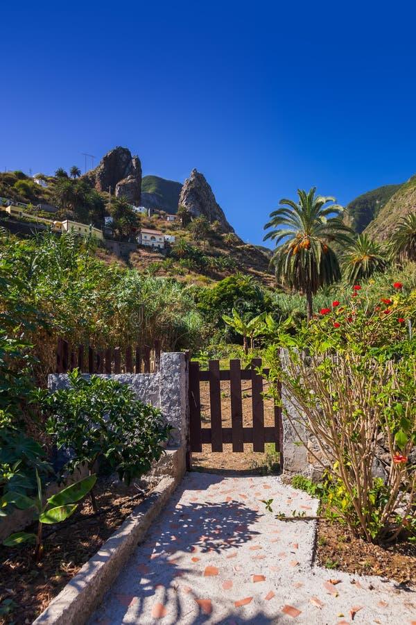 Valle di Hermigua nell'isola di Gomera della La - canarino fotografia stock libera da diritti