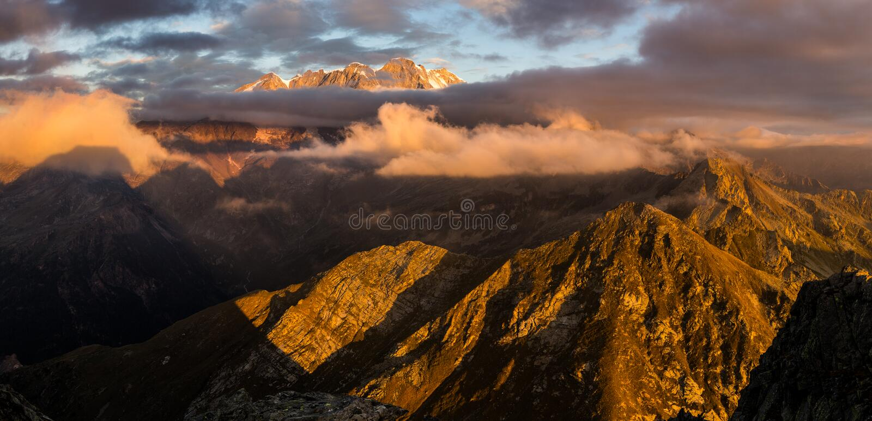 Valle di Monte rosa immagine stock libera da diritti